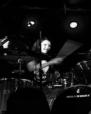 Holly Hunt 5
